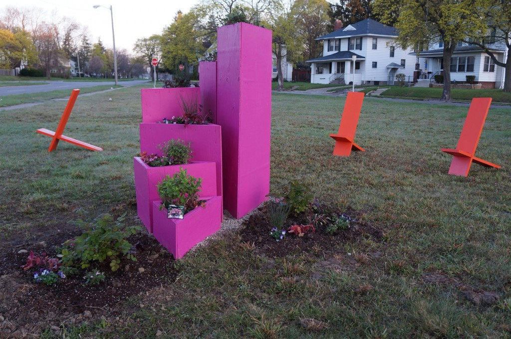 Ben Gaydos, Public Art Studio, and Project FORA, Welch Avenue Strip, 2015